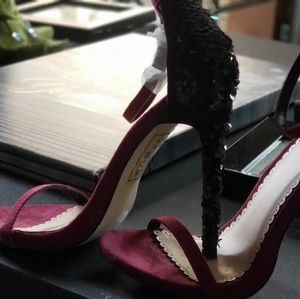 Brand New Burgundy high heels size 6